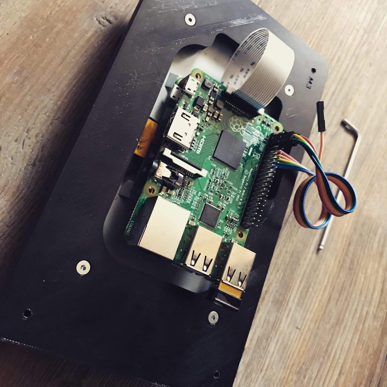 Raspberry Pi Touchscreen Gehäuse